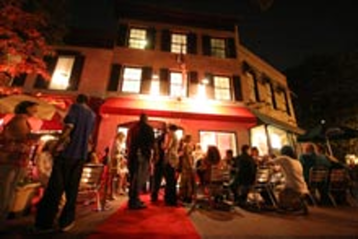 The opening crowd for Spike Mendelsohn's Good Stuff Eatery