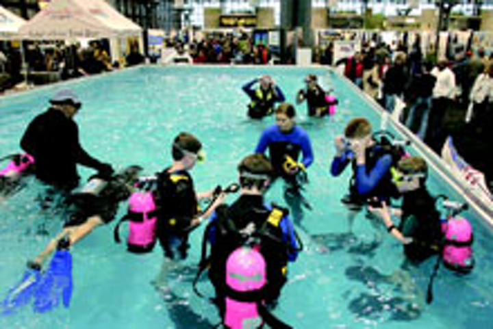 A scuba pool at the 2007 expo