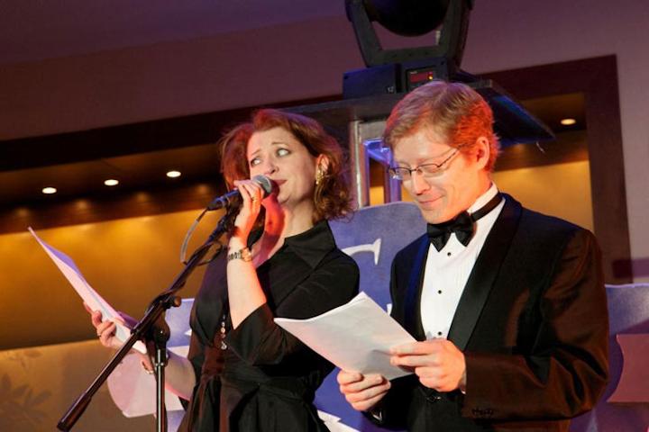 Commonwealth Shakespeare Company Turns Gala Into 1940s Radio