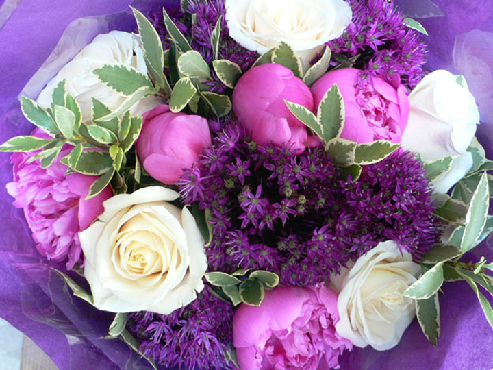 New Floral Firm Offers Arrangements Inspired By Paris Bizbash