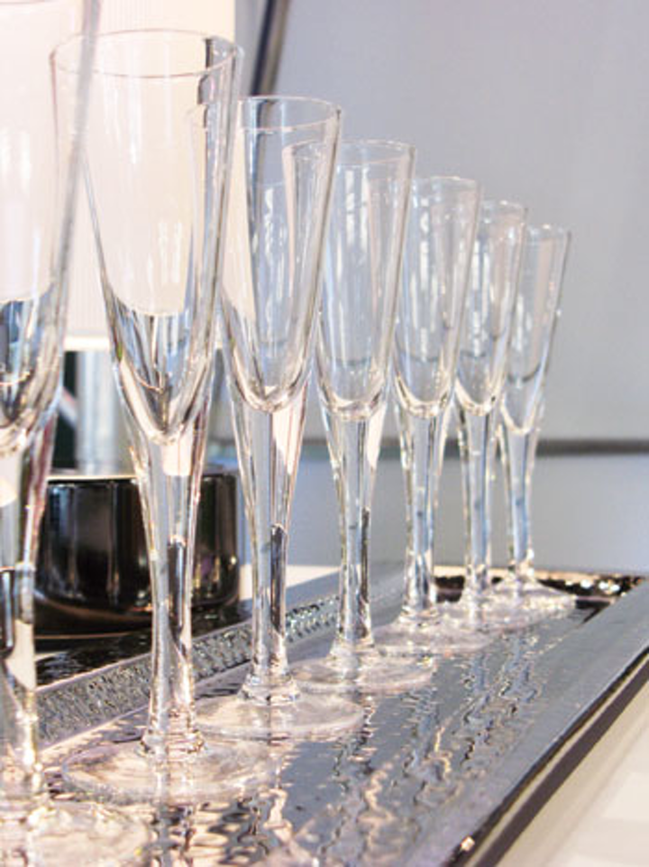 Holiday Party Ideas Toast Worthy Champagne Glasses Bizbash
