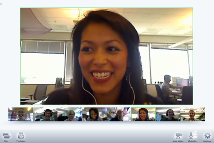 During a Google Plus Hangout, the system automatically puts the person who is speaking in the main window, with the other participants in smaller windows below.