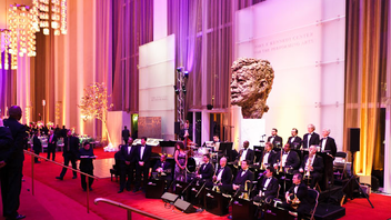 #1 Art & Entertainment Event Among the highest achievements in the arts, the 2011 honors went to Meryl Streep, singer Neil Diamond, actress and singer Barbara Cook, musician Yo-Yo Ma, and musician Sonny Rollins; the event was televised on CBS. Next: December 2012