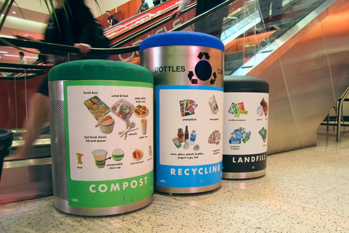 By offering compost and recycling bins at Oracle OpenWorld, organizers were able to divert 70 percent of the event's total waste away from landfills.