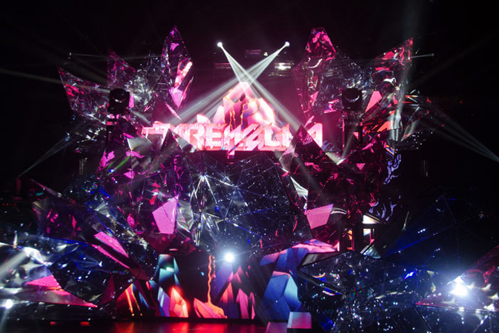 V Squared Labs worked with the electronic dance music band Krewella to create a so-called 'reflection mapped' set piece known as 'the Volcano' for the group's North American tour, which kicked off earlier this month.