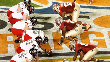 #1 Sports Event College football's 80-year-old tradition returns to Sun Life Stadium this January. More than 72,000 fans turned out last year to see Florida State close out its season with a victory over Northern Illinois. Next: January 3, 2014