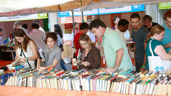 #5 Parade & Festival Marking its 30th year in 2013, the country's largest book fair brings 250,000 people to the streets of downtown Miami for eight days of readings, book signings, and literary events. Next: November 17-24, 2013