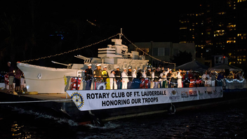 #4 Parade & Festival Hosted at the Seminole Hard Rock Hotel and Casino, the region's largest holiday parade attracts one million spectators for a waterborne spectacle of lights. Next: December 14, 2013