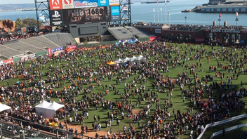 """#7 Sports Event Fans of the San Francisco Giants pour out in droves to play catch on the field at AT&T Park for the event. Other activities include face painting in the """"Fan Lot,"""" a Fan Fest fashion show, and Q&A and autograph sessions with the players. Estimated attendance is 35,000. Next: February 7, 2015"""