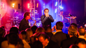 #10 Benefit The fund-raiser, which is presented by Lifehouse and supports individuals with developmental disabilities, will mark its 25th year in 2015. The event raises around $500,000 each year, and it had 450 attendees in 2014. In 2013, organizers added live music; guests have included Huey Lewis & the News. Next: April 18, 2015