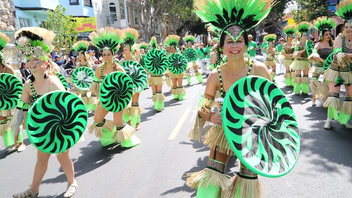 """#6 Parade, Holiday Event & Fair Billed as """"the largest multicultural celebration on the West Coast,"""" the event celebrates Latin American and Caribbean culture. It draws 400,000 guests and includes a grand parade with 52 marching and dancing contingents and floats. Next: May 23-24, 2015"""