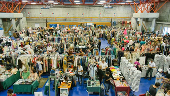 #5 Fashion Industry Event (new to the list) Northern California vintage collectors love the semi-annual bazaar—an offshoot of the world-famous Alameda Flea Market. It's the biggest vintage fashion event in area, drawing more than 55 vintage-fashion dealers and 1,500 shoppers. The fall edition (typically held around Halloween) includes a vintage costume contest. Next: October 13-14, 2017