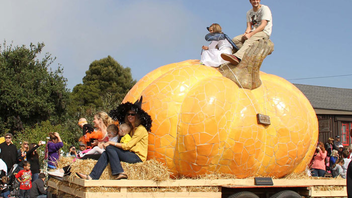 """#11 Parade, Holiday Event & Fair Pies, spectacular views, and Volkswagen-size pumpkins await in Half Moon Bay, also known as the """"world pumpkin capital."""" The event celebrates fall with art, music, food, and gorgeous gourds on the town's historic Main Street. After guests enjoy pumpkin cheesecake, pumpkin churros, and pumpkin chili, they can stop by Pumpkinpalooza for pumpkin jams of the musical variety. Next: October 14-15, 2017"""