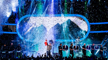 #9 Music Event Ten artists graced the street-side stages for this year's two-hour live broadcast of the awards. During the inaugural year of a partnership with Twitter, the event trended at number one in Canada and number four internationally during the show. Next: June 2018