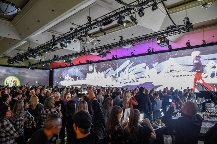 Roots invited members of the press and influencers to an immersive fashion show that featured live and digital models wearing holiday catalog items against the backdrop of animated Canadian landscapes. Guests could use an app on their phones to purchase items seen on the runway.