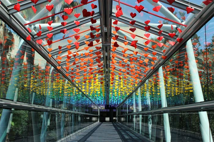 "A community art project from the Orlando Science Center called the ""Love Bridge"" commemorated the one-year anniversary of the Pulse nightclub shooting. The installation of rainbow-hued origami hearts was among the 10 Best Ideas of the Week featured on June 16 and among the most popular stories with BizBash's LinkedIn community."