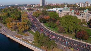 #6 Sports Event (up from #7) The Scotiabank-sponsored race—the fastest marathon by finish time in all of the Americas in 2017—sold out again, with 27,000 participants from a record 74 countries, including almost 500 from Mexico. The race was livestreamed and watched in 140 countries, plus 162,000 viewers caught the event on Twitter. In 2018, Air France/KLM are set to sponsor a live drone broadcast. Next: October 21, 2018