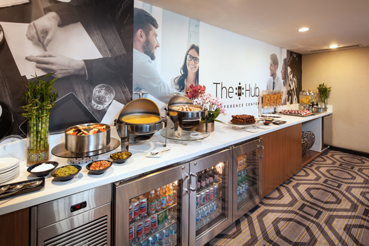 A shared space for meeting groups, the Hub Conference Center at the Sheraton Gateway Los Angeles Hotel opened in July and offers an all-day refreshment break service.
