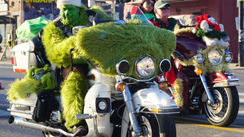 """#10 Parade & Holiday Event Billed as """"The World's Greatest Motorcycle Parade,"""" this annual tradition helps donated toys reach needy children. As many as 50,000 motorcycle riders participate in the event each year; in 2017, the event marked its 40th anniversary. Next: December 2, 2018"""