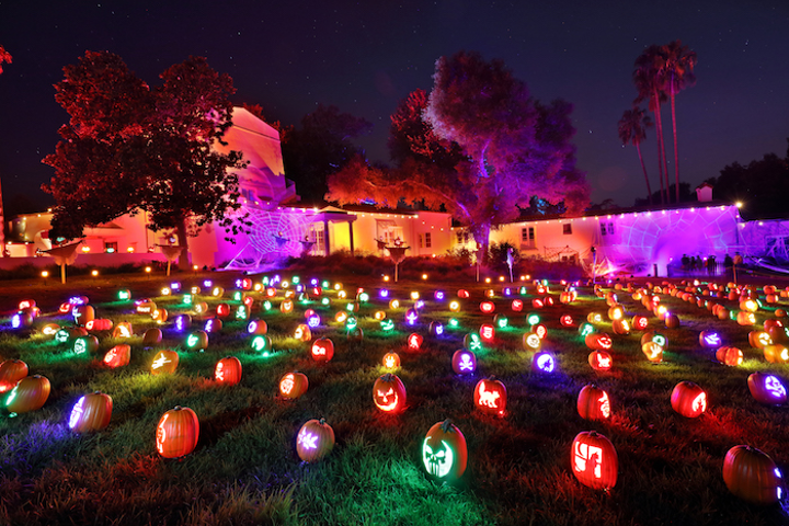Artists from around the country carved the pumpkins, and New York-based producer Debbi Katz handled the set build.