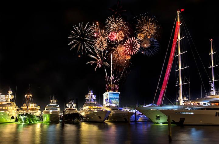 Bot17 Flb En Flibs Bahia Mar Fireworks Copy