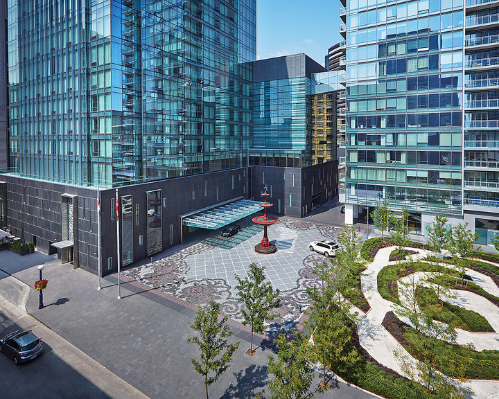 Four Seasons Hotel Toronto 1