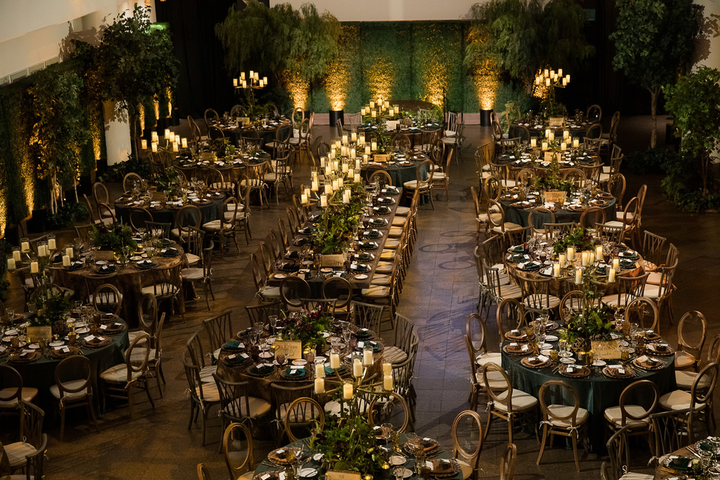 A sit-down dinner produced by TBD San Diego at the San Diego Natural History Museum was as much about the guest experience as it was the transformative design.