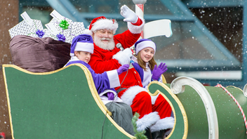 Presented by Telus, the Vancouver Santa Claus parade has been promoting good cheer and providing kids with photo ops on Santa's knee for 16 years. Santa starts his route at West Georgia and Broughton and travels east along West Georgia, turns south on Howe, and parks the sleigh at Howe and Davie. The parade, owned and managed the Vancouver Santa Claus Parade Society, attracts about 300,000 people and benefits the Greater Vancouver Food bank and CKNW Kids' Fund. Next: December 1, 2019