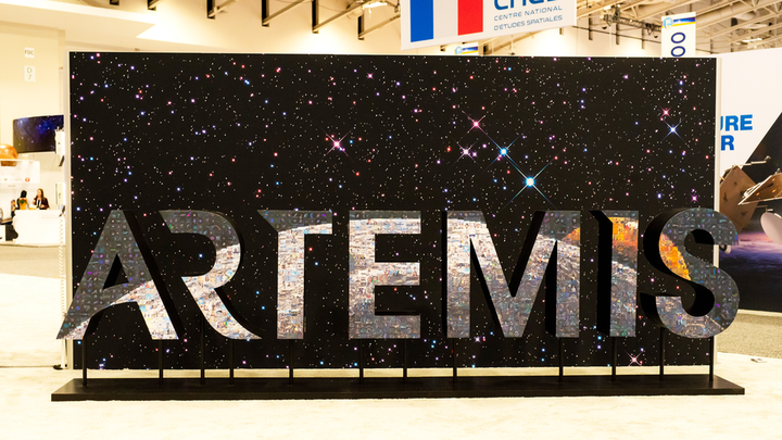 The 15-foot sculpture, which depicts the Artemis logo, has thousands of user-generated photos. Participants posted their photos on Instagram and Twitter using a designated hashtag, and Luster technology color-matched the images and identified where they should be placed on the sculpture.