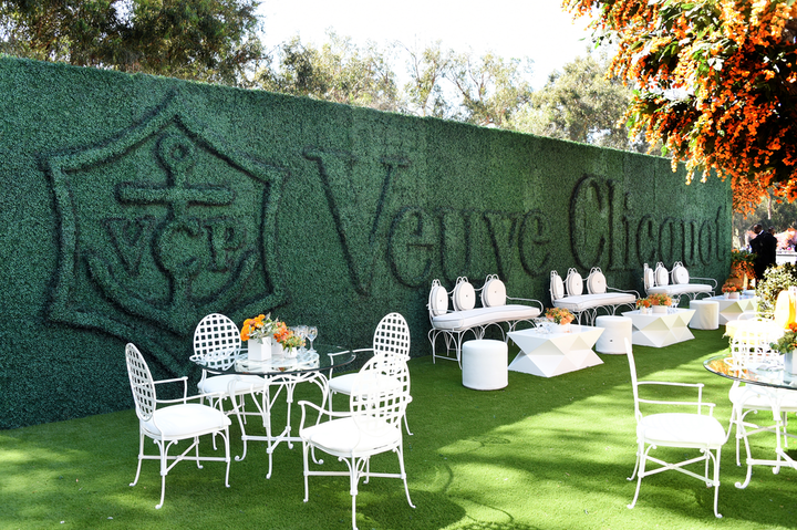 The 10th anniversary of the Veuve Clicquot Polo Classic took place at Will Rogers State Historic Park on October 5. Drawing more than 7,500 attendees—including A-listers Julia Roberts, Kirsten Dunst, and Regina Hall—the stylish, champagne-filled event and polo match featured flower-covered photo ops, bright yellow details, and upscale food trucks and lawn games. BrownHot Events and Revelry Event Designers handled decor and production. New this year was the ultra-V.I.P. La Grande Dame Garden, which offered fieldside views and champagne bottle service for $1,900 per person.