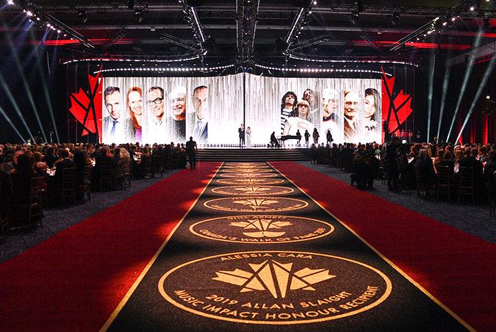Canada's Walk of Fame awards ceremony took place on November 23 at the Metro Toronto Convention Centre; the show will be broadcast on CTV in December. Eight Canadians were inducted this year, including architect Frank Gehry, actor Will Arnett, Olympic athlete Cindy Klassen, and rock band Triumph.