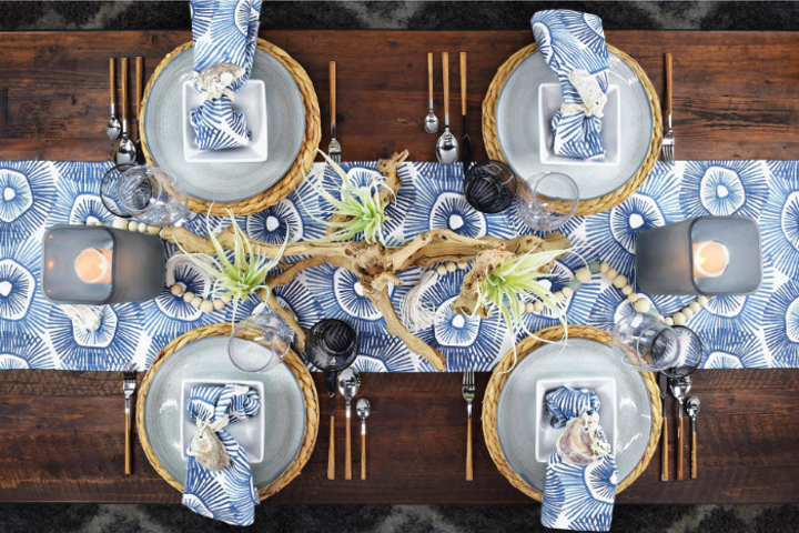 Coastal Cool - One of many hyper-curated tablescapes from Hestia Harlow, the newly launched event platform that's creating a revolution in our industry.