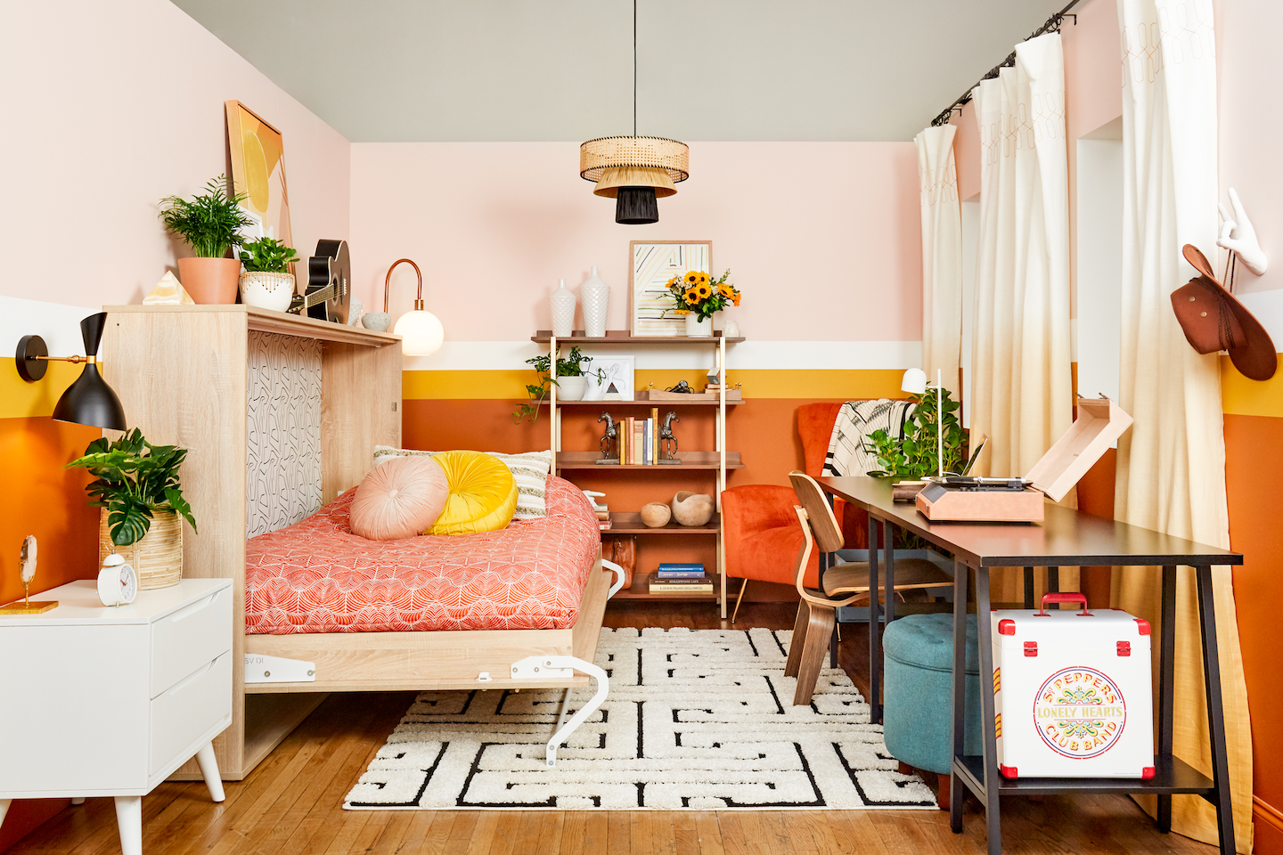 """In partnership with Overstock, designer Natalie Papier created a home office / guest room for the trendy """"Flexible spaces"""" sticker.  The designer also joined site director Danielle Blundell for a branded edition of a"""
